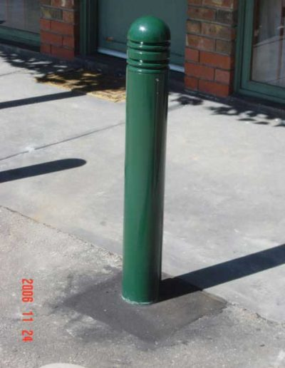 Bollard with Decorative Top