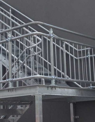 Interclamp-Balustrade-Holden-Hill-06