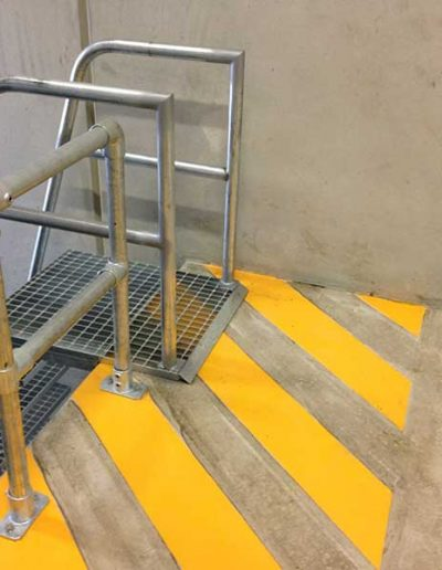 Loading-Dock-Ladder1