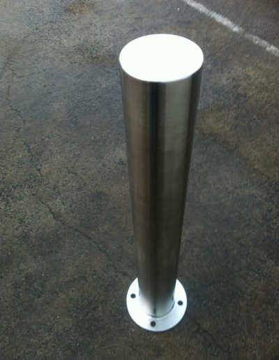 Satin-Finish-Stainless-Steel-Bollard-042