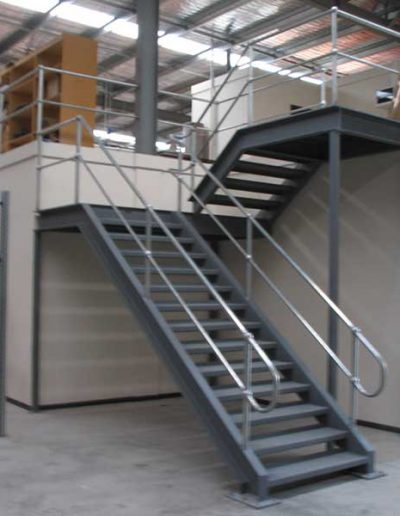 Staircase-Monowills1