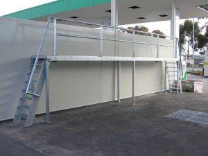 Multi-Step Truck Wash Platform