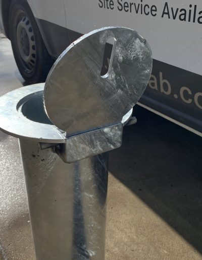 Heavy Duty Removable Bollard (New Lid Design)