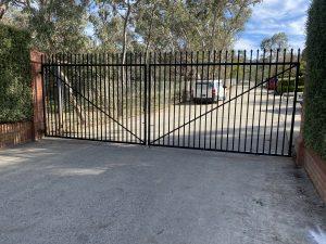 Double Swing Gate